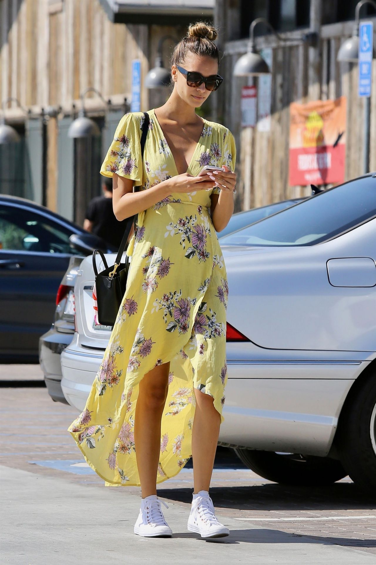 April Love Pro Makeup Academy: April Love Geary In Summer Dress