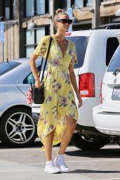 April Love Geary in Summer Dress - Grocery Shopping in Malibu 08/22/2017