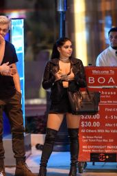 Ariel Winter Style - Waiting for the Valet at BOA in Los Angeles 08/29/2017