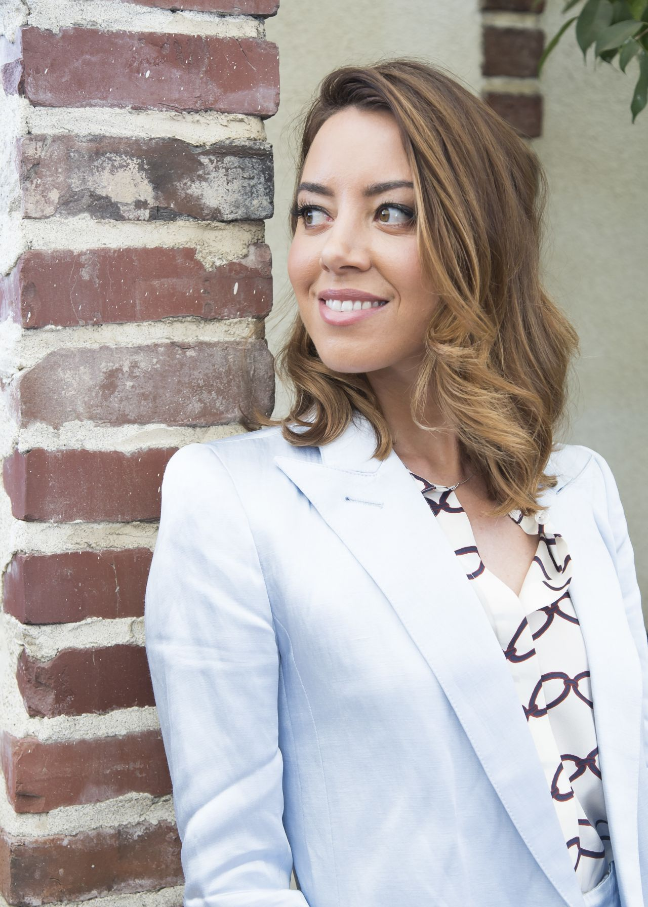 Aubrey Plaza Quot Ingrid Goes West Quot Press Conference In
