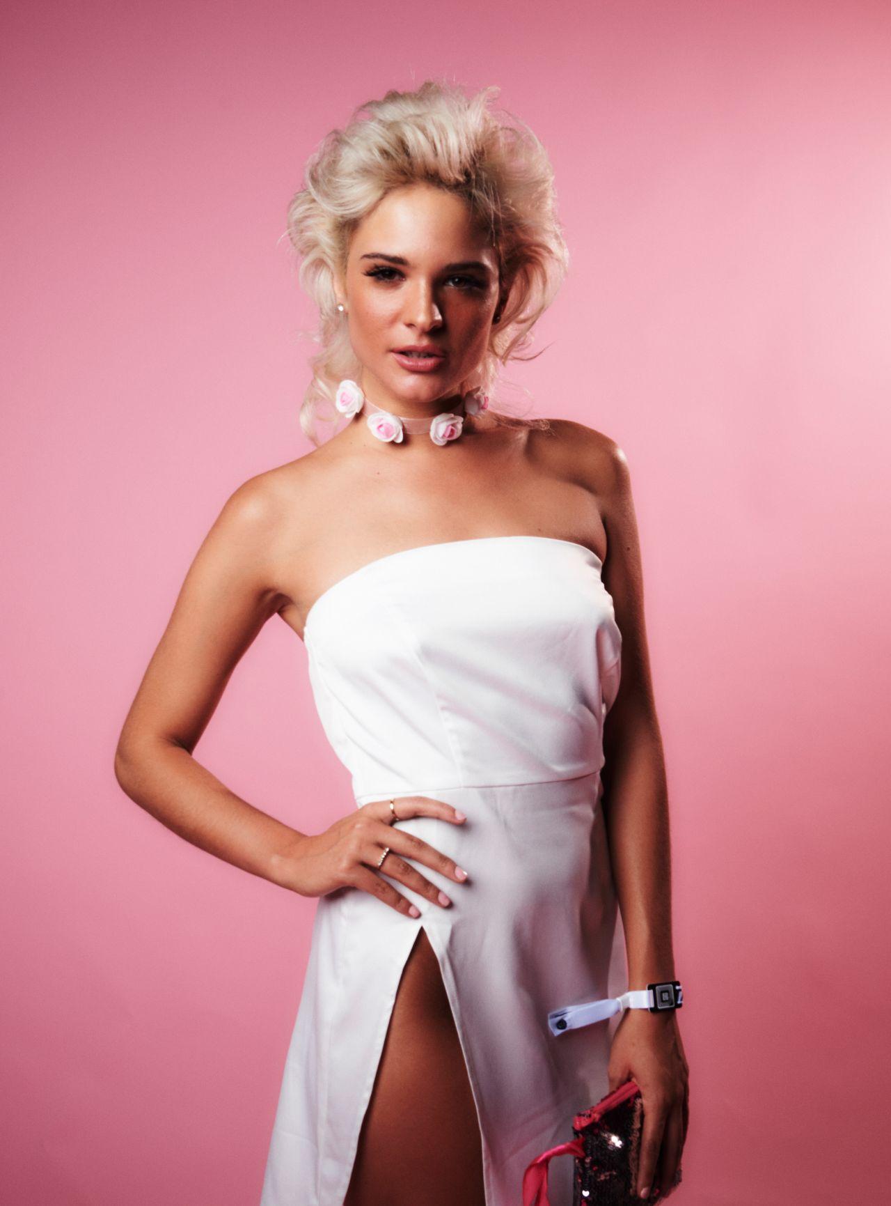 Ava Capra nude 841