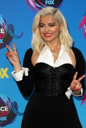 Bebe Rexha – Teen Choice Awards in Los Angeles 08/13/2017