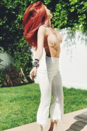 Bella Thorne – Social Media Pics 08/31/2017