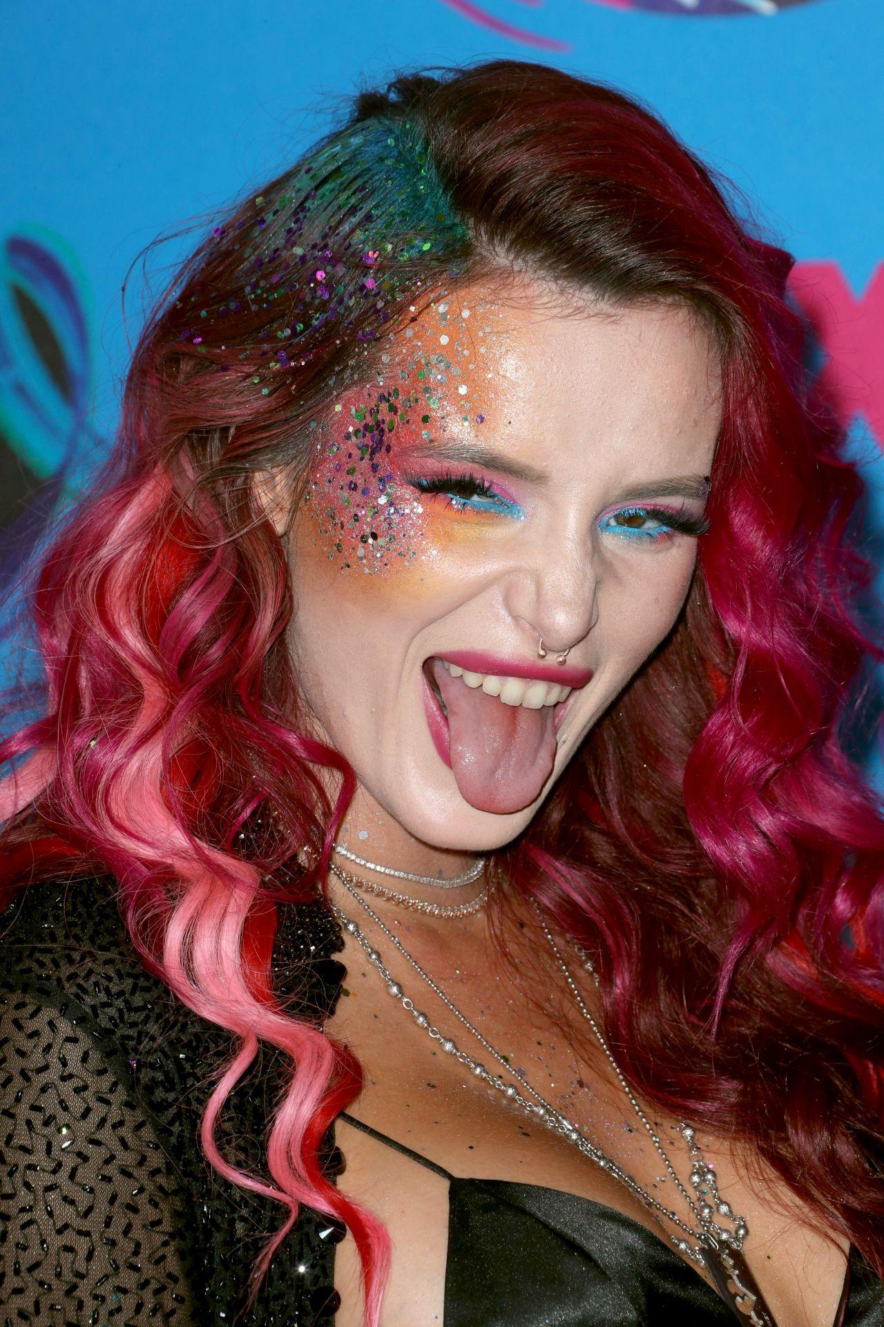 Bella Thorne Teen Choice Awards In Los Angeles 08 13 2017