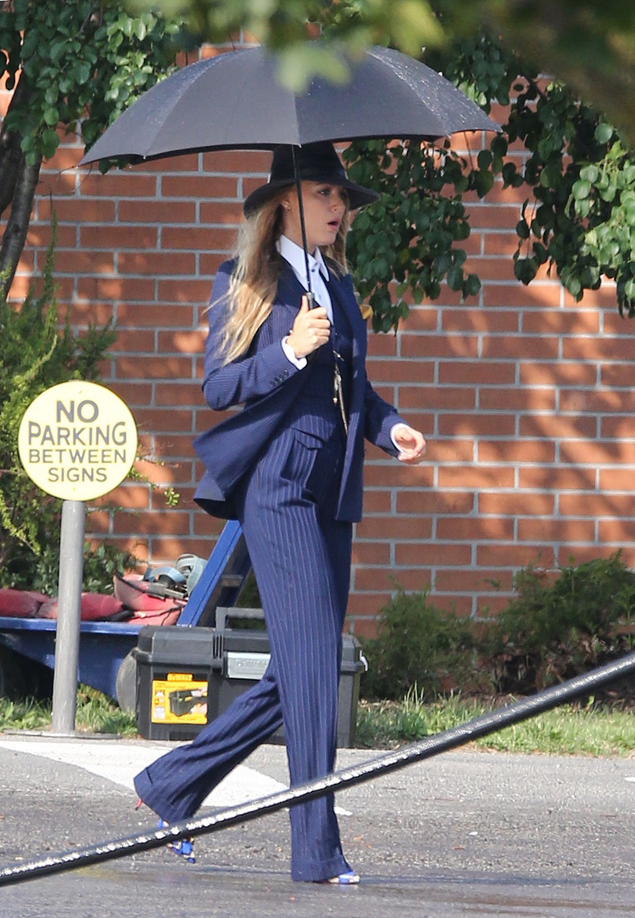 """Blake Lively & Anna Kendrick - """"A Simple Favor"""" Movie ..."""