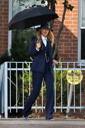 """Blake Lively & Anna Kendrick - """"A Simple Favor"""" Movie Filming in Toronto 08/25/2017"""