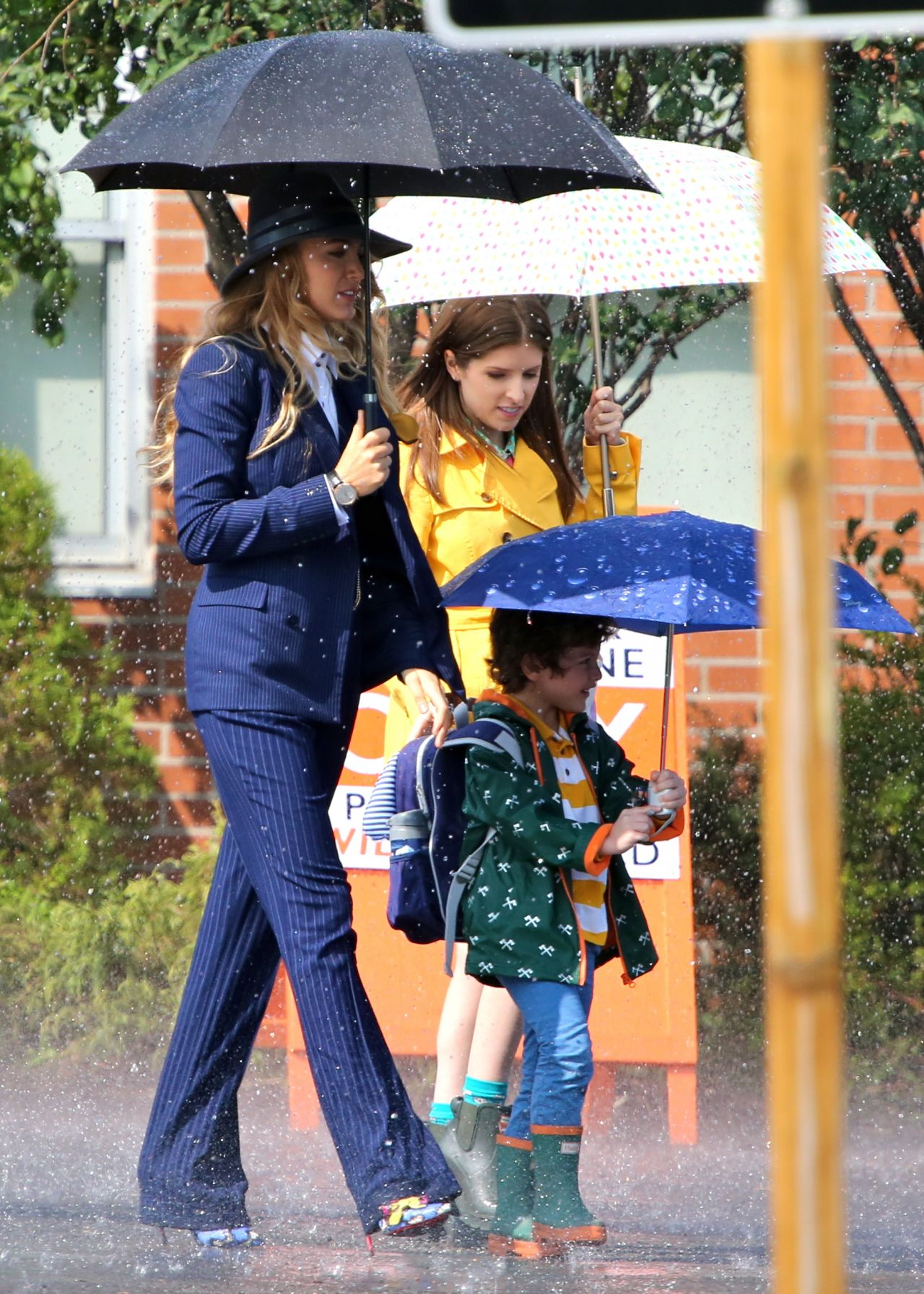 Blake Lively Anna Kendrick A Simple Favor Movie Filming In Toronto