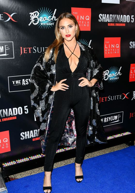 "Cassie Scerbo – ""Sharknado 5: Global Swarming"" Premiere in Las Vegas 08/06/2017"