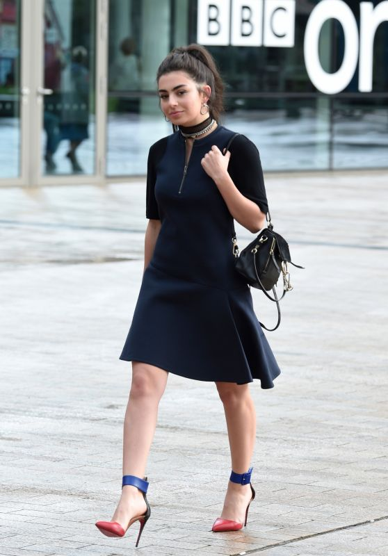 Charlie XCX - Arrives at BBC Breakfast in Manchester 08/01/2017