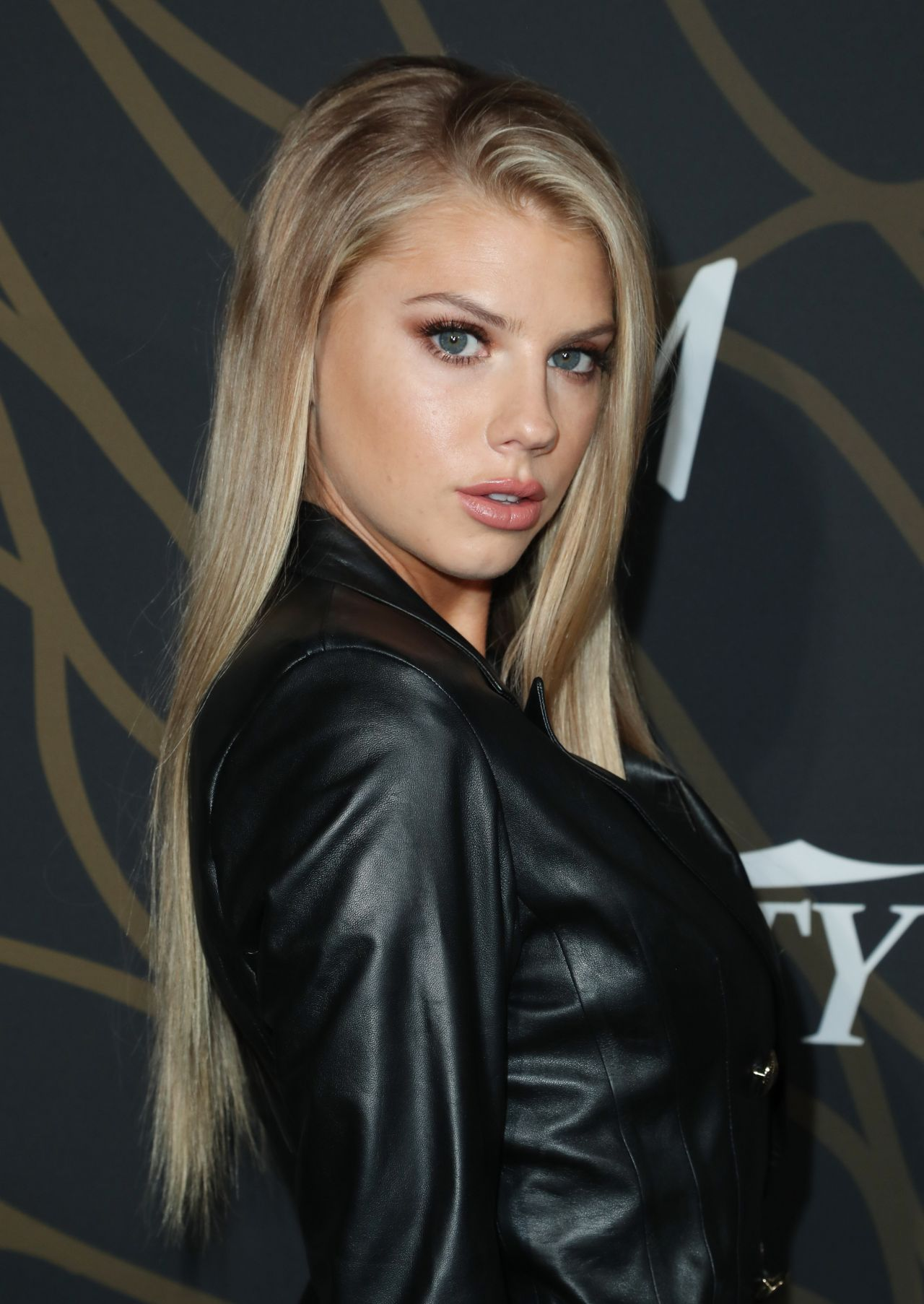Young Charlotte McKinney nude photos 2019