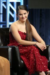 """Chloe East - """"Kevin (Probably) Saves the World"""" TV Show Panel at the TCA Summer Press Tour in LA 08/06/2017"""