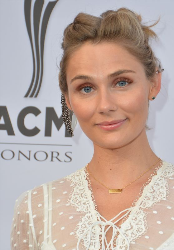 Clare Bowen – ACM Honors in Nashville 08/23/2017