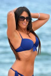 Claudia Romani in Bikini - Does Yoga in West Palm Beach, FL 07/30/2017