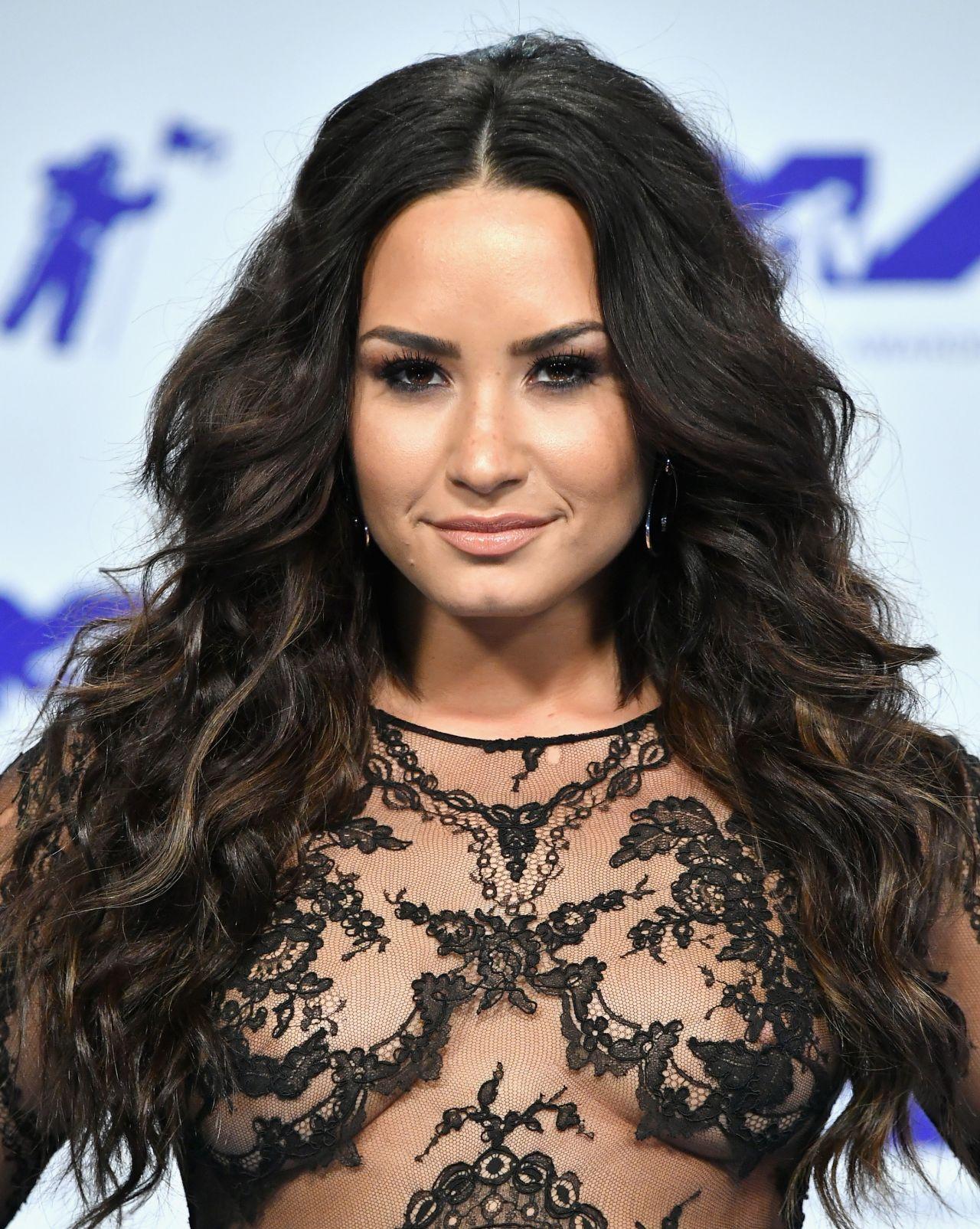 Demi Lovato  Mtv Video Music Awards In Los Angeles 08272017-9483