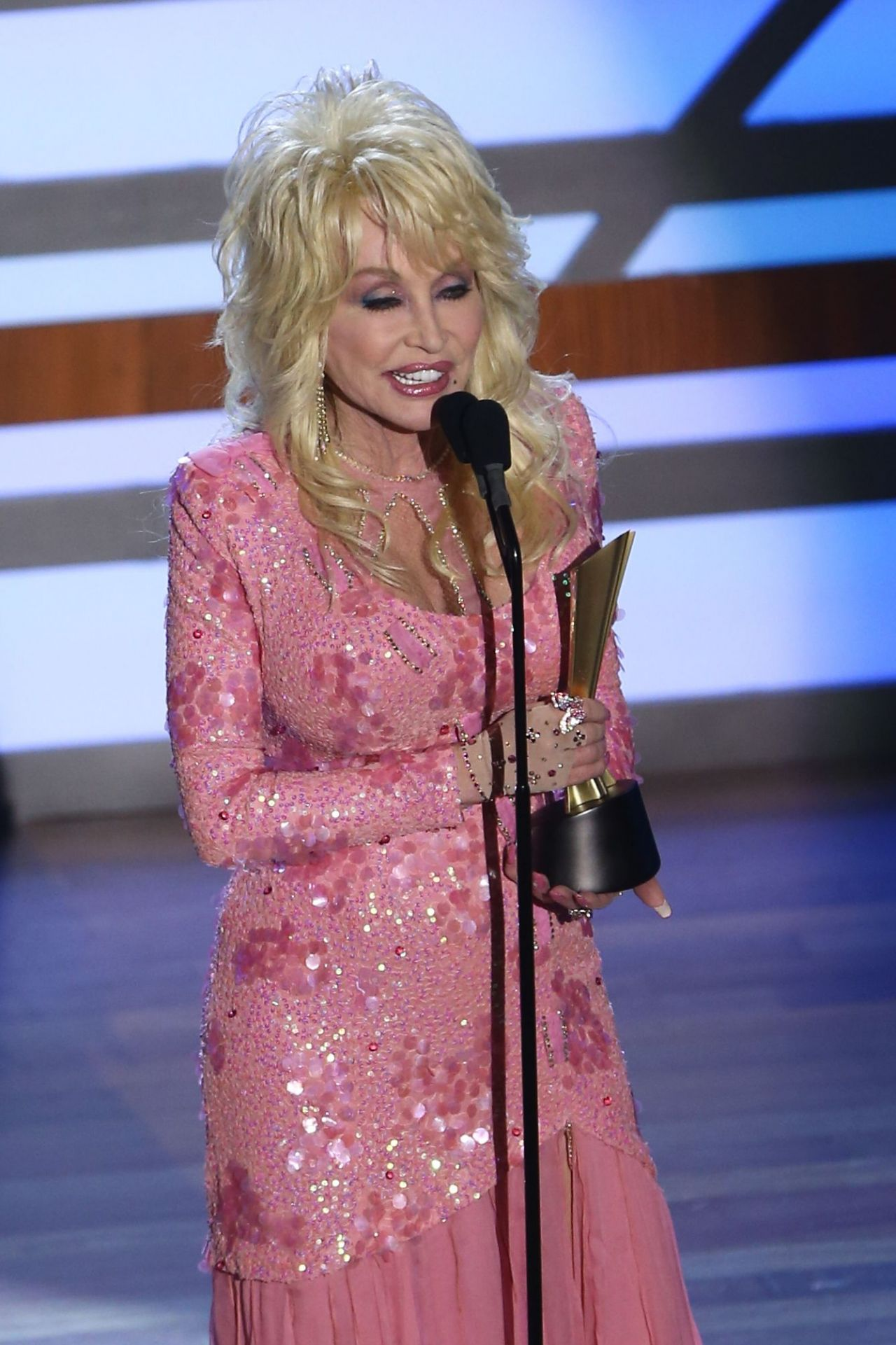 Dolly Parton Acm Honors In Nashville 08 23 2017