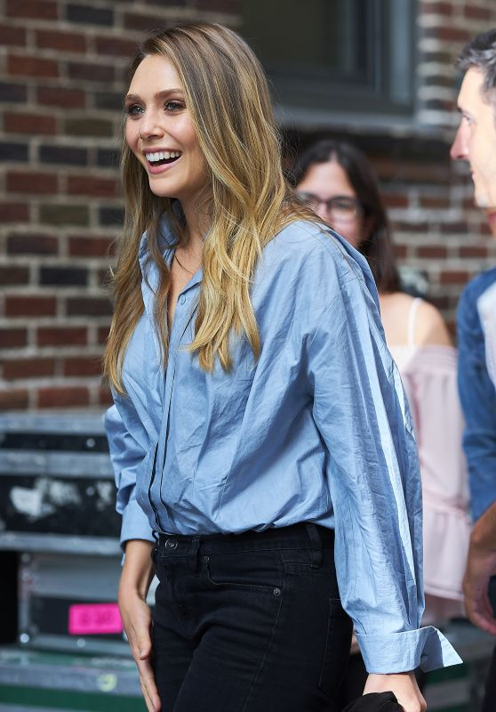 Elizabeth Olsen - Arriving at the Late Show in NYC 08/03/2017