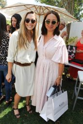Elizabeth Olsen & Maya Rudolph – InStyle Magazines Day of Indulgence in Los Angeles 08/13/2017