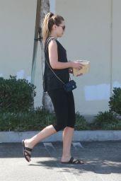 Elizabeth Olsen - Stops by Master Hardware to Shop for New Floors in Van Nuys, CA 08/18/2017