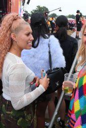 Ellie Goulding – V Festival in Chelmsford, UK