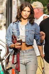 "Emily Ratajkowski - ""I Feel Pretty"" Set in Boston 08/11/2017"