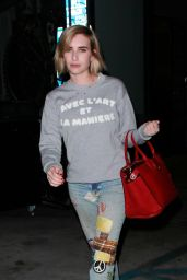 Emma Roberts Shows Off Her New Haircut - LA 08/02/2017