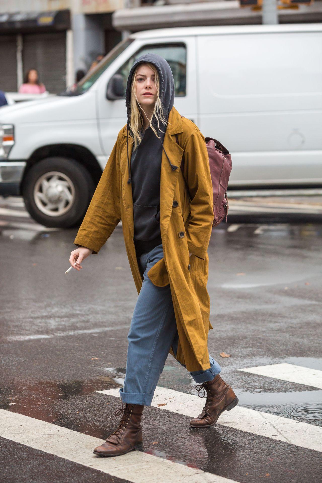 Emma Stone Quot Maniac Quot Set In Downtown Manhattan 08 14 2017