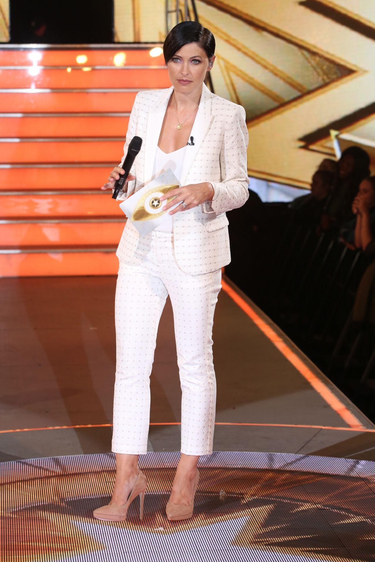 Celebrity Big Brother: What make-up does Emma Willis wear?