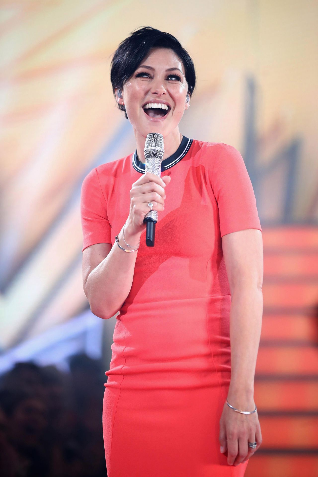 Emma willis celebrity big brother launch night in england nude (87 photos), Topless Celebrity photo