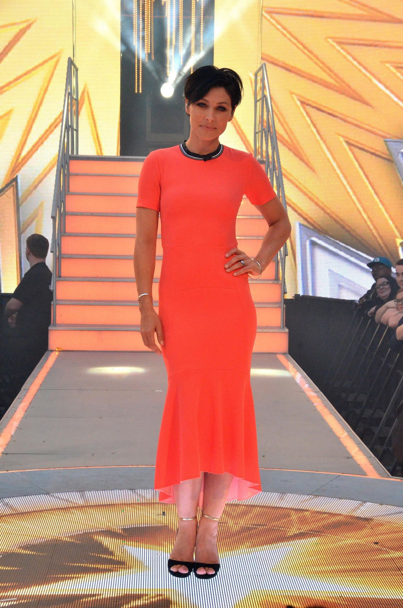 foto Emma willis celebrity big brother launch night in england