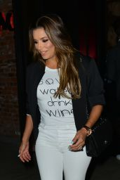 Eva Longoria in Tights - Leaving Tao Restaurant in Hollywood 08/22/2017