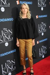 """Ever Carradine – """"The Lion King"""" Sing-Along Screening in Los Angeles 08/05/2017"""
