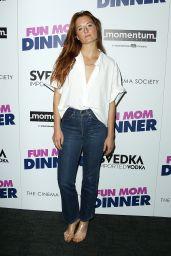 """Grace Gummer – """"Fun Mom Dinner"""" Special Screening in NY 08/01/2017"""