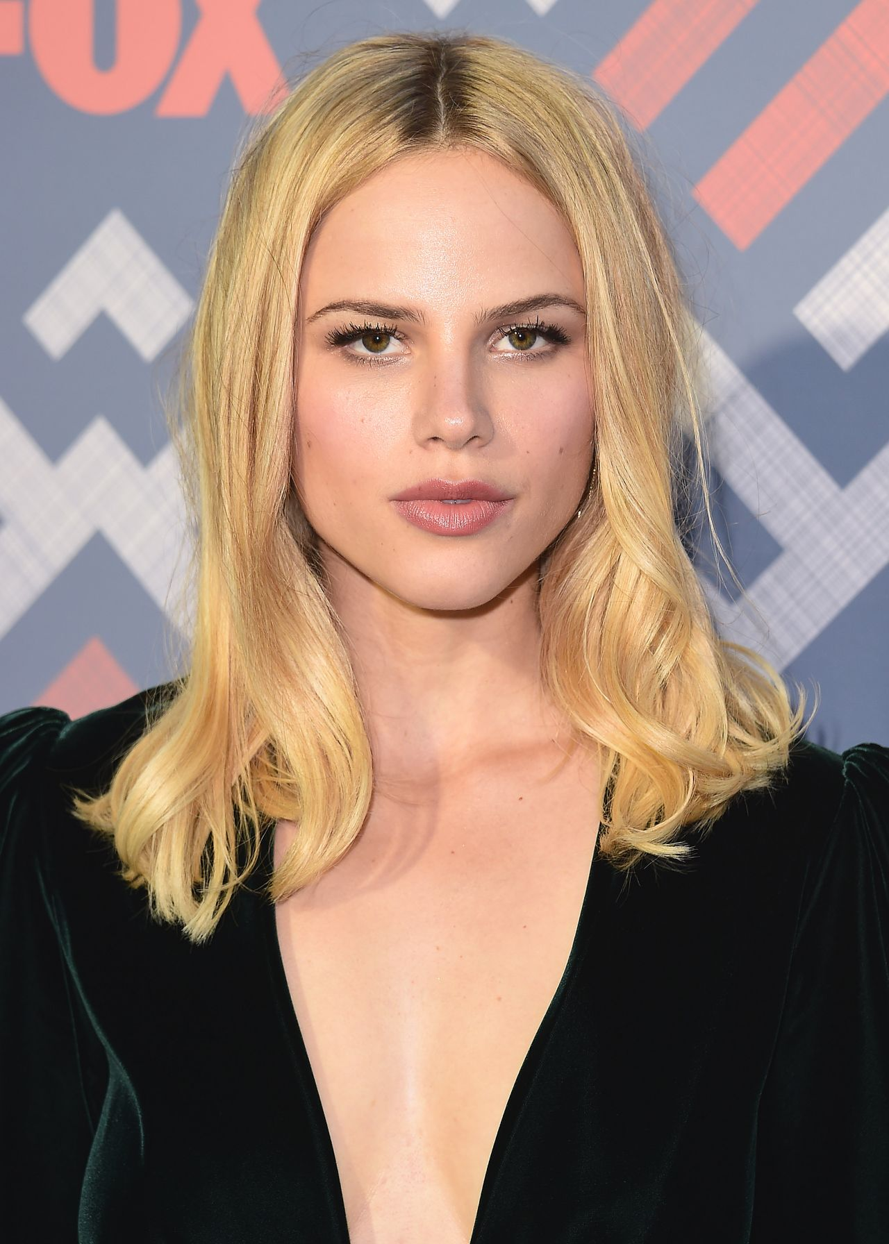 Halston Sage Fox Tca After Party At Soho House West