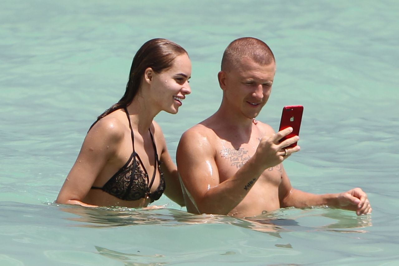 Celebrites Hanna Ivanova nude (17 foto and video), Sexy, Paparazzi, Feet, panties 2015