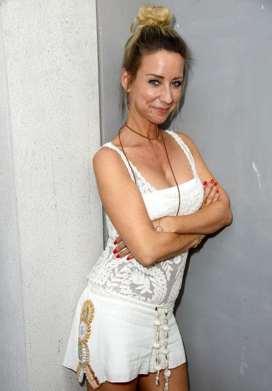 """Isabell Hertel – """"Unter Uns"""" Fan Event in Cologne, Germany 08/28/2017"""