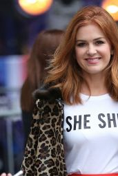Isla Fisher Showing Off Her Trendy Style - BBC Broadcasting House in London 08/21/2017