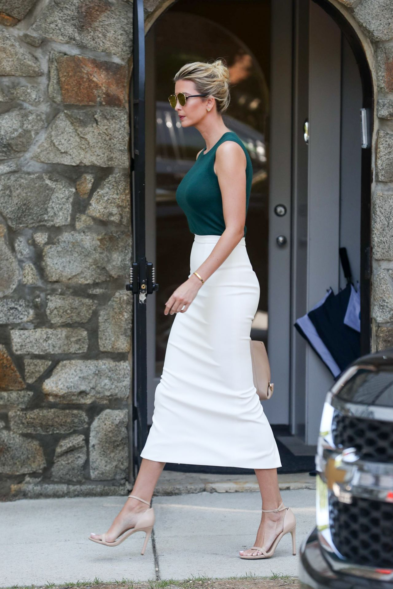 Ivanka Trump - Heads to Work in Washington, D.C. 08/01/2017