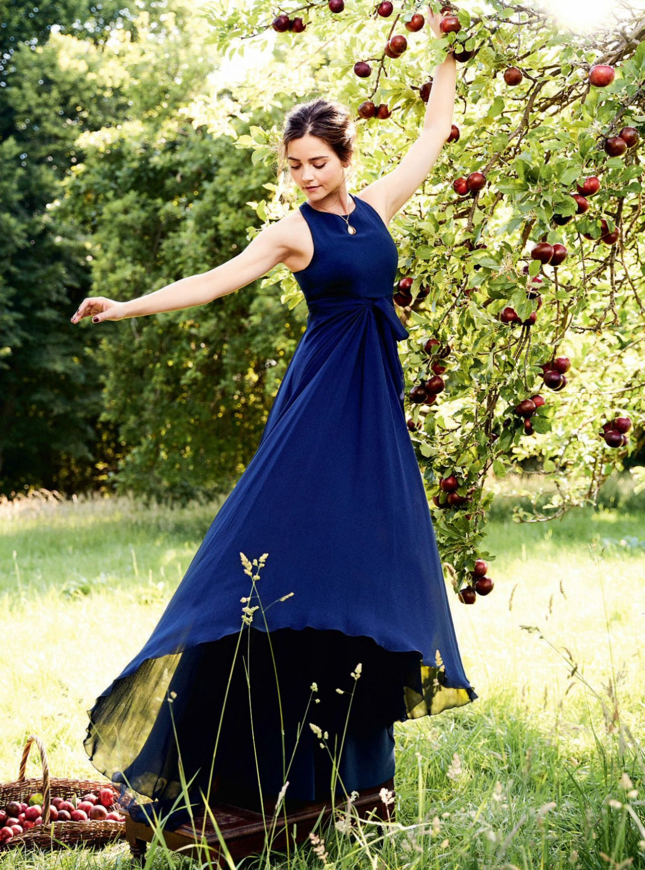 Photoshoot For Vogue Magazine November 2015: Photoshoot For Town & Country (2017
