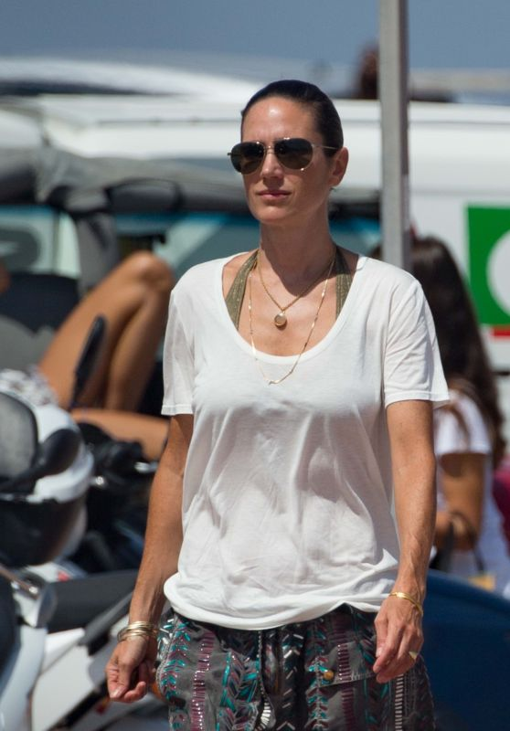 Jennifer Connelly Summer Street Style - Formentera, Spain 08/17/2017