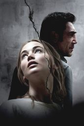 "Jennifer Lawrence - ""Mother!"" Stills, Posters"