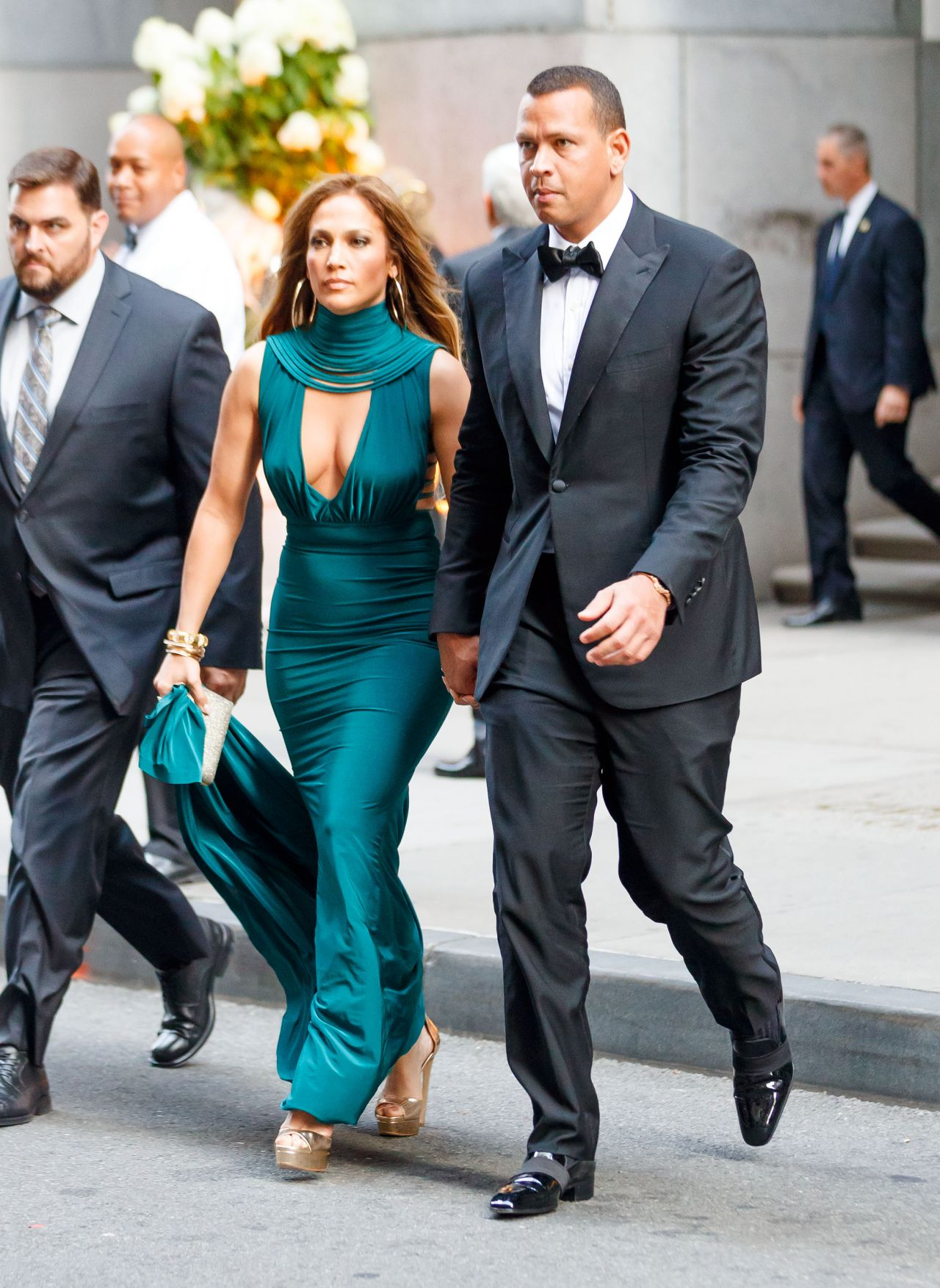Jennifer Lopez And Alex Rodriguez Heading Into Friends