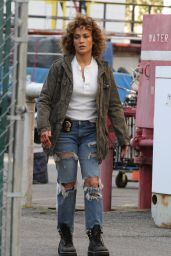 """Jennifer Lopez at the """"Shades of Blue"""" Set in Queens 08/24/2017"""