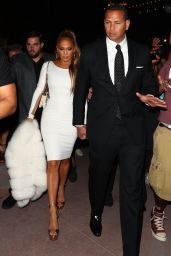 Jennifer Lopez - Leaving the Mayweather/Mcgregor Fight in Las Vegas 08/26/2017