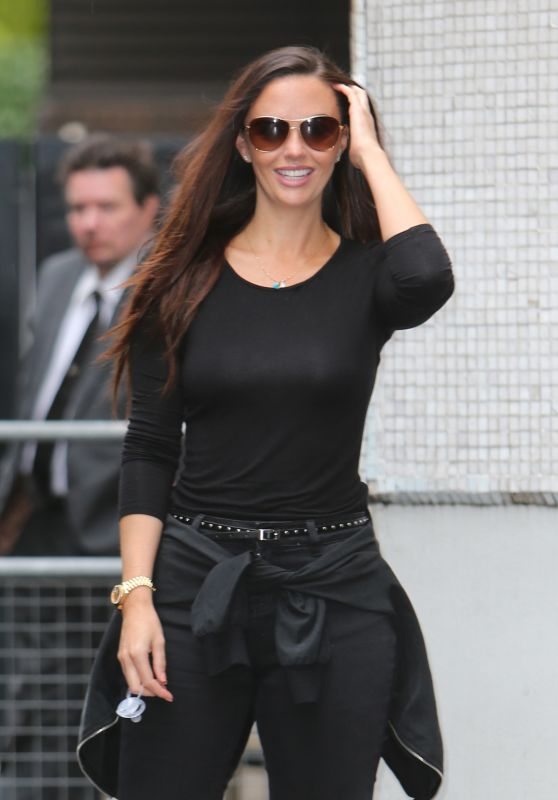 Jennifer Metcalfe Street Style - Outside ITV Studios in London 08/17/2017