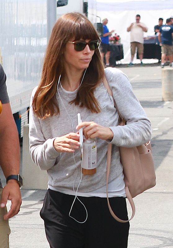 "Jessica Biel - ""The Sinner"" Set in Yonkers, NY 08/11/2017"