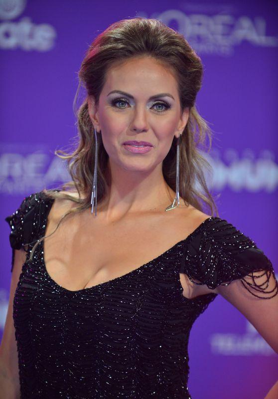 """Jessica Carrillo – """"Premios Tu Mundo"""" in Miami 08/24/2017"""