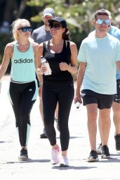 Jessica Wright - Hiking at Runyon Canyon in Los Angeles 08/19/2017