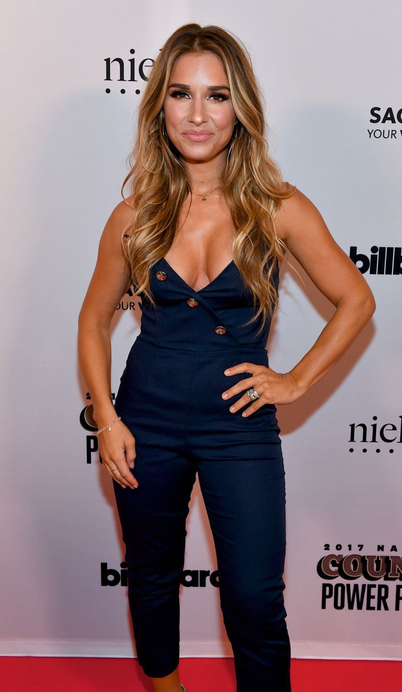 Jessie James Decker - Billboard Country Power Players in ...