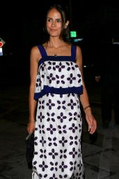 Jordana Brewster - Arrives for a Dinner Date With Husband at Craig