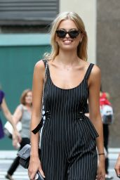 Julia van Os, Daphne Groeneveld and Sanne Vloet – Victoria's Secret Fashion Show Casting in NYC 08/21/2017
